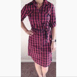 Gianni Bini long sleeve plaid button up dress.